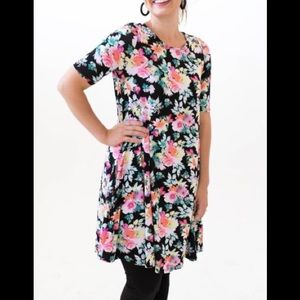 Agnes and Dora Floral Swing Baby Suede Tunic S